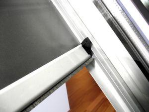 rolety w kasetce do okien dachowych